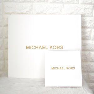 💖Bundle of 1 Michael Kors Box Gift Set